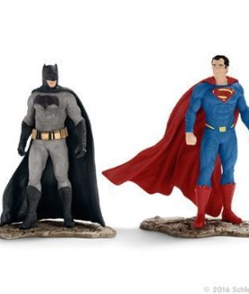 Schleich batman vs superman